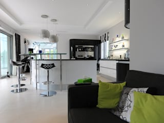 Quinta do Lago Cheryl Tarbuck Design Kitchen