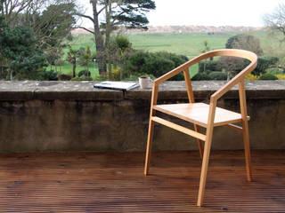 Wellington Chair: modern  von Young & Norgate,Modern