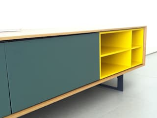 Modern dining room by DOBLESPAI Modern