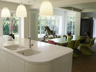 Kitchen by STUDIO 9010,