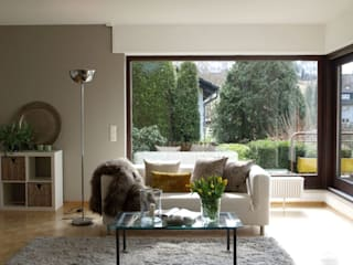 Modern living room by Raumpraesenz-Homestaging Modern
