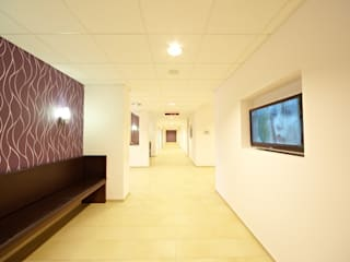 Sanierung Klinik Elfenmaar:  Krankenhäuser von BERDI ARCHITEKTEN