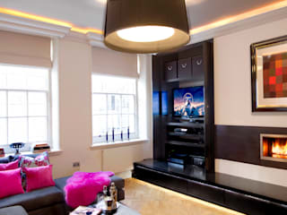 St James Apartment:  Living room by Eliska Design Associates Ltd.