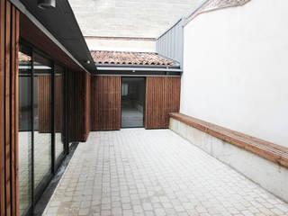 MAISON BEZIERS - BORDEAUX  [33]: Maisons de style  par 3759 Architecture