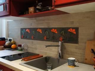Frise en carrelage mosaïque Cuisine originale par Mosa de Luna Éclectique