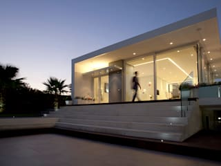Sebastiano Adragna Architettiが手掛けた現代の, モダン