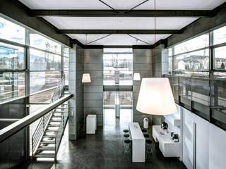 Sichtbeton Treppe Blockstufen Harr Betondesign Flur, Diele & TreppenhausTreppen
