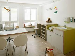 Cliniques modernes par KNOWSPACE Moderne