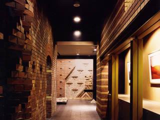 ユミラ建築設計室 Modern walls & floors