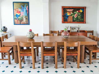 Mikkael Kreis Architects Salle à mangerTables
