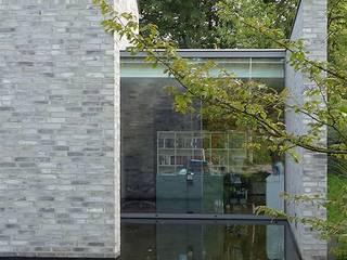 Villa im Grüne Moderne Häuser von Ecologic City Garden - Paul Marie Creation Modern