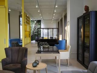 Neue Wiener Werkstätte Living roomShelves