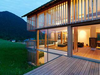 Ventanas de estilo  por KAPO Fenster und Türen GmbH