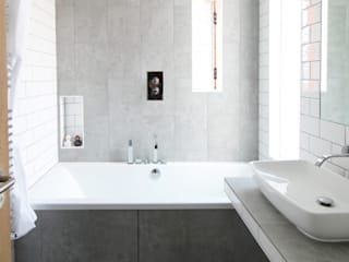 The Cube Modern bathroom by Adam Knibb Architects Modern