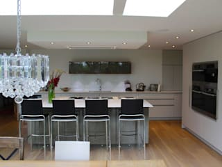 Springfields Modern House Extension Modern kitchen by Adam Knibb Architects Modern