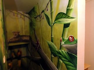 Pure Leidenschaft Pasillos, vestíbulos y escaleras de estilo tropical