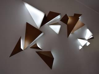 TRIANGLE, Sculpture Lumineuse Interactive par Adrien Marcos Éclectique