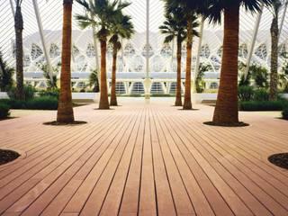 Outdoorparkett Mediterrane Pools von Holz + Floor GmbH | Thomas Maile | Living with nature since 1997 Mediterran