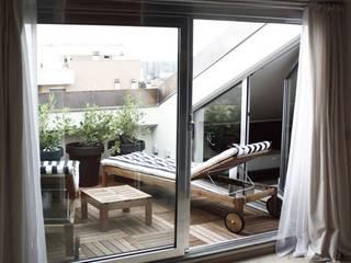 Roof Attic Case moderne di Principioattivo Architecture Group Srl Moderno