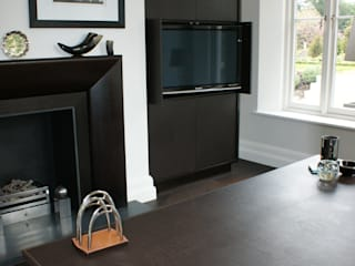 Leather desk top and door fronts: classic  by Hide and Stitch, Classic