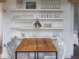 Przebudowa stodoły : styl , w kategorii Jadalnia zaprojektowany przez AA s.c. Anatol Kuczyński Anna Kuczyńska