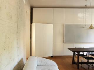 casa gazometro fase 2: Case in stile  di laiBE