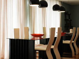 Apartamento EC Salas de jantar modernas por Dobra Arquitetura Moderno