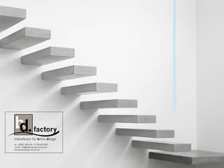 Kragarmtreppenstufen:   von betondesign-factory