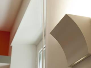 07am architetti Corridor, hallway & stairsAccessories & decoration