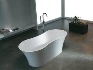 Bädermax freistehende Badewanen aus Mineralguss: klassische Badezimmer von Maxxwell AG