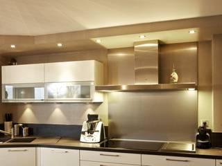 Cuisine: Maisons de style de style Moderne par A3Design