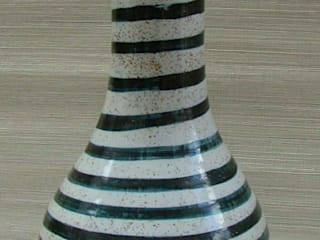SOHO CERAMIC TABLE LAMP:   by Kinkatou of london