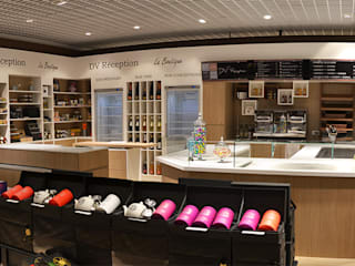 BOUTIQUE TRAITEUR DANS PRINTEMPS Centres commerciaux par CT Creation