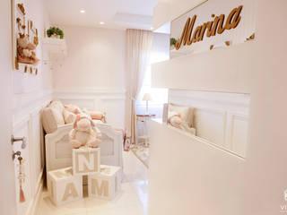 Детские комната в эклектичном стиле от VITRAL arquitetura . interiores . iluminação Эклектичный
