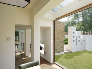 St Mary's Grove : modern  by Studiodare Architects, Modern