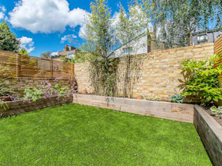 Rear Garden:   by CATO creative