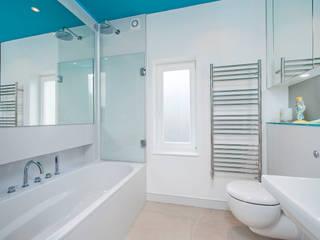 Family Bathroom:  Bathroom by CATO creative