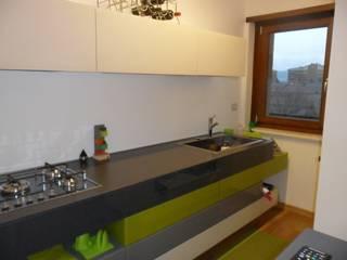 appartamento Perugia: Case in stile  di casa look