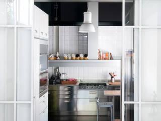 PAOLO FRELLO & PARTNERS Cocinas de estilo minimalista
