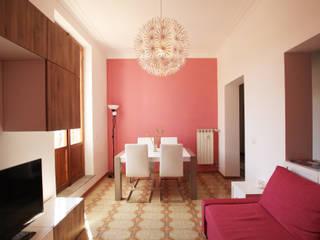 Salon moderne par EMC2Architetti Moderne