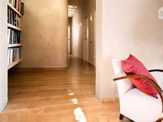 morteros de arcilla ecoclay: Casas de estilo moderno de ecoclay