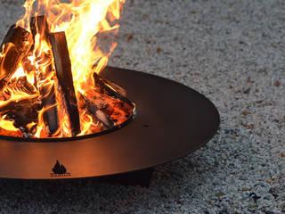 Feuerstellen : modern  von Radius Design,Modern