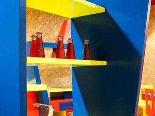 Particolare mensole:  in stile  di Marco Leardini 1964