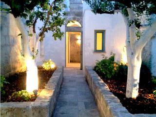 Casa a Corte in Salento Case in stile mediterraneo di Azzurra Garzone architetto Mediterraneo