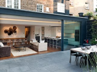 London Townhouse Maisons modernes par The Silkroad Interior Design Moderne