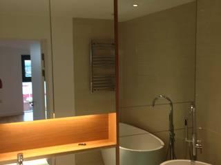 Mirror Bathroom Cladding de bohdan.duha Moderno