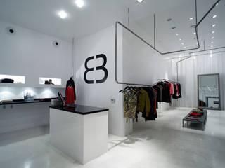 Bruuns Bazaar Espacios comerciales de estilo minimalista de Murado & Elvira Minimalista