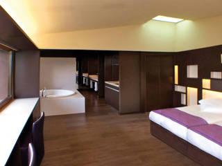 Reforma hotel: Dormitorios de estilo rural de SANTI VIVES ARQUITECTURA