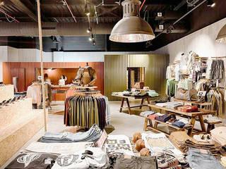 Geschäftsräume & Stores von Piedra Papel Tijera Interiorismo