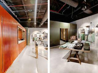 Offices & stores by Piedra Papel Tijera Interiorismo